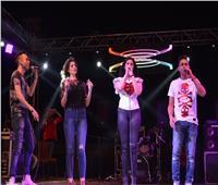 صور  كاريكا وأمينة وسبايسي ميكس يشعلون «شم النسيم» بالقاهرة الجديدة