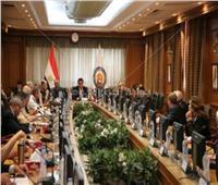 «عبد الغفار» يتلقى تقريرا حول بدء عمل المحطة الفضائية بكلية الملاحة جامعة بني سويف