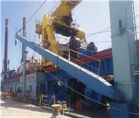 ميناء سفاجا ينقذ الحفار «AL HAMRA» بعد عطل في عرض البحر