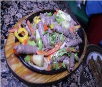 فيديو | ملوك الشعبي ..الأكل في «درش» بلدي ومعمول على كيفك