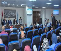 محافظ الإسكندرية: غرامات رادعة لأصحاب المقاهي المخالفين