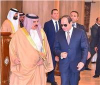 ملك البحرين: مصر صمام أمان الشرق الأوسط