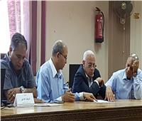 محافظ بورسعيد يتفقد غرفة العمليات المركزية لامتحانات الصف الأول الثانوي