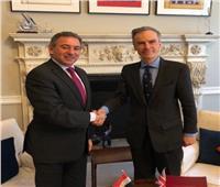 وزير الدولة البريطاني للشرق الأوسط يشيد بتحسن مؤشرات اقتصاد مصر