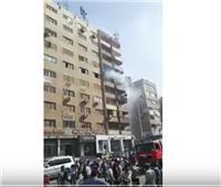 فيديو| السيطرة على حريق شقة بشارع الهرم