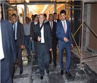 وزيرا الرياضة والإنتاج الحربي يتفقدان استاد القاهرة الدولي