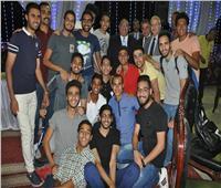 صور| رئيس جامعة حلوان يشارك اتحاد الطلاب حفل إفطار جماعي