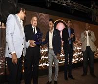 «المصرية لشباب الأعمال» تكرم شيخ المعماريين حسين صبور