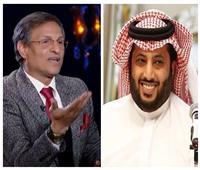 فيديو  مصطفى يونس مداعبًا «تركي آل الشيخ»: «اشمعنى أنا مخدتش ساعة»