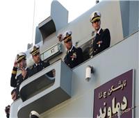 وسط قلق من تفجر صراع... قطع حربية إيرانية تتجه للمياه الدولية