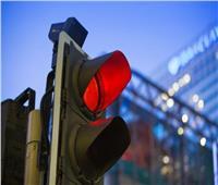 المرور تخصص رقم سريع في حالة تعطل السيارات على الطرق السريعة