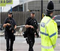 إغلاق طرق حول مقر رئيسة الوزراء البريطانية والشرطة تفحص جسما مريبا