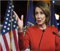 بيلوسي تحث أسرة ترامب «التدخل» لمصلحة الولايات المتحدة