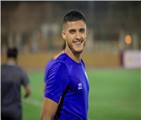 أحمد الشيْخ يُغادر مران الأهلي للإصابة