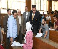 بالصور.. وفد «التعليم العالي» يتفقد الامتحانات بجامعة عين شمس
