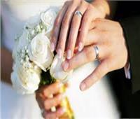 فيديو| الزواج أكثر أهمية من الثروة بمقياس السعادة