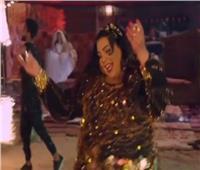 فيديو | شيماء سيف تشعل مواقع التواصل الاجتماعي بـ«بدلة رقص»