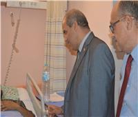 «المحرصاوي» يزور طالب حادث القطار بمستشفى جامعة الأزهر التخصصي