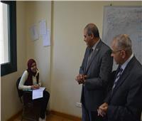 صور| المحرصاوي يتفقد لجان امتحانات كلية التمريض بجامعة الأزهر