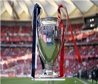 خاص بالفيديو| جماهير ليفربول تشعل مدرجات نهائي دوري أبطال أوروبا
