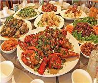 «المحار المشوي» و«القواقع».. أشهر المأكولات البحرية في باريس