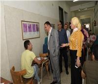 نائب رئيس جامعة أسيوط يتفقد لجان الامتحانات