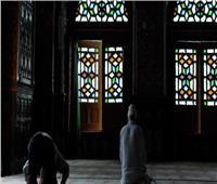 «المفتي السابق» يفرق بين الصلاة في القبور ومساجد الأضرحة