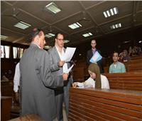 نائب رئيس جامعة أسيوط يتفقد امتحانات نهاية العام
