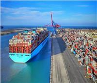 عبور 55 سفينة المجرى الملاحي لقناة السويس بحمولات 2.4 مليون طن