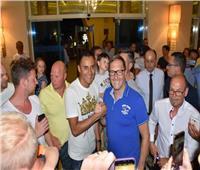صور  حارس مرمى ريال مدريد يدعو أصدقاءه وجمهوره للسفر إلى الغردقة