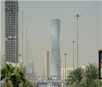 السعودية تعلن درجة الحرارة القصوى للتوقف عن العمل