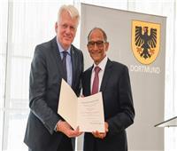 هاني عازر: أهدي تكريمي في ألمانيا للشعب المصري