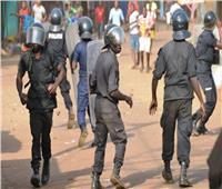 الشرطة السنغالية تعتقل محتجين وسط غضب بشأن صفقة غاز