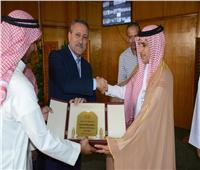 محافظ الإسماعيلية يستقبل قبيلة المساعيد ورئيس لجنة برياضة الهجن