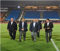 صور| تفاصيل زيارة السيسي لإستاد القاهرة لمتابعة الترتيبات النهائية لبطولة الأمم الأفريقية