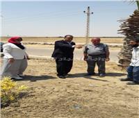 سكرتير مساعد الإسكندرية يتابع تطوير طريق مطار برج العرب