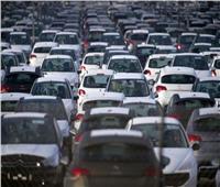 وكلاء السيارات يخفضون الأسعار.. والمواطن ينتظر المزيد
