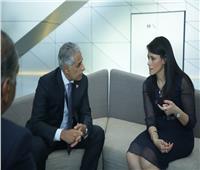 السياحة تلتقي بوزير الصناعة والتجارة والسياحة البحريني لبحث سبل تعزيز التعاون بين البلدين