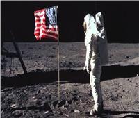 رواد فضاء أمريكيون يحتفلون بمرور 50 عامًا على أول هبوط على سطح القمر