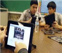 التعليم تنشر بالفيديو إحصائيات الامتحانات الإلكترونية