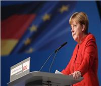 ميركل تتطلع لأن يكون الحد من انبعاثات الكربون هدفًا طموحًا للاتحاد الأوروبي