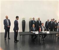 رئيس الوزراء يشهد توقيع مذكرة تفاهم لاستئناف شركة مرسيدس أعمالها في مصر