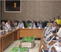 محافظ شمال سيناء يقرر مراجعة صلاحية المباني والمنشأت