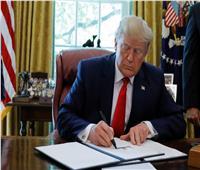 ترامب يوقع أمرًا تنفيذيًا يفرض عقوبات مشددة على إيران
