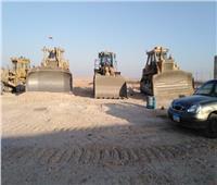 الإسكان: بدء تنفيذ أعمال الطرق بالمرحلة العاجلة بمدينة ملوي الجديدة