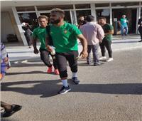 أمم إفريقيا 2019  لاعبو الكاميرون يرقصون في الحافلة قبل مواجهة غينيا بيساو