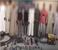 فيديو| لحظة ضبط عصابة سرقت 200 طن بترول خام