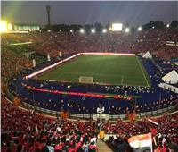 فيديو| حماس الجماهير فور نزول لاعبي منتخب مصر ملعب ستاد القاهرة