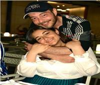 رسالة مؤثرة من أحمد زاهر لابنته «ملك» يوم ميلادها