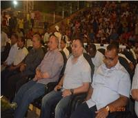 صور| محافظ البحر الأحمر يشاهد مباراة منتخبنا القومي بممشى النصر